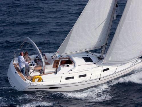 Sailboat Bavaria 32 (2002)