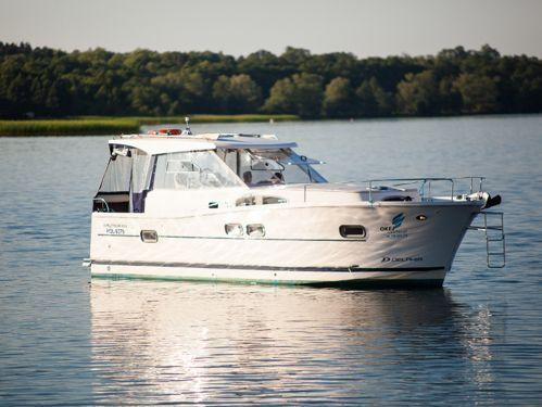 Barco a motor Nautika 1000 · 2014