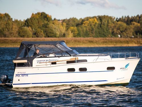 Imbarcazione a motore Nautika MC (2014)