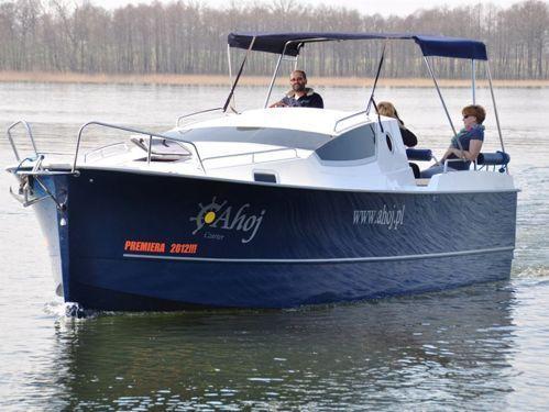 Motorboat Nexus 850 · 2012