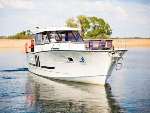 Imbarcazione a motore Nautika 1300 · 2013
