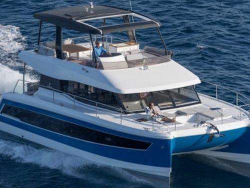 Motor Catamaran Fountaine Pajot MY 44 · 2018