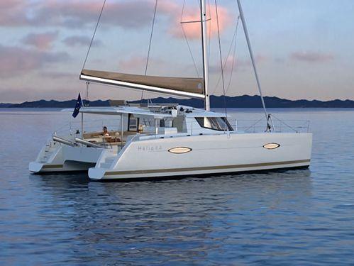 Catamaran Fountaine Pajot Helia 44 · 2016