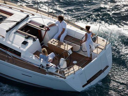 Barca a vela Dufour 405 · 2012