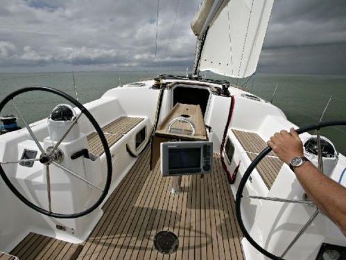 Sailboat Dufour 380 Grand Large (2014)