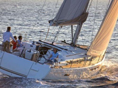 Sailboat Jeanneau Sun Odyssey 519 · 2016