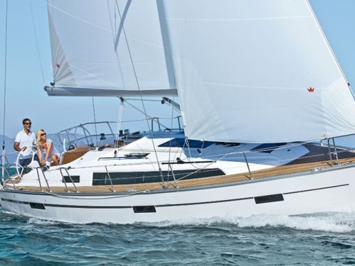 Barca a vela Bavaria Cruiser 37 (2014)