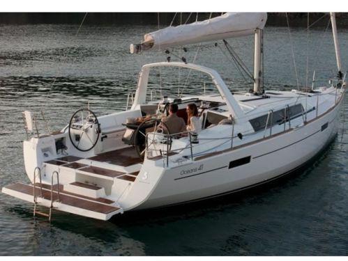 Zeilboot Beneteau Oceanis 41 · 2012
