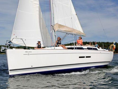 Sailboat Dufour 375 Grand Large · 2012
