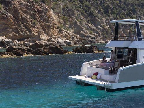 Catamarano a motore Fountaine Pajot MY 37 · 2018