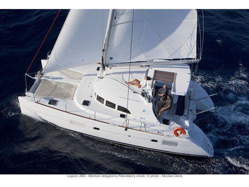 Katamaran Lagoon 380 Premium · 2019