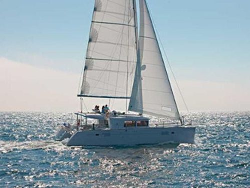 Catamaran Lagoon 450 F · 2013