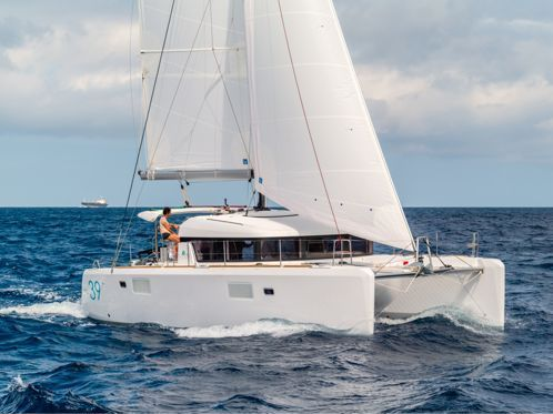 Catamarano Lagoon 39 (2014)