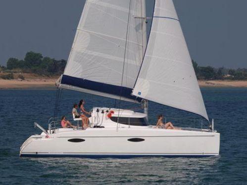 Catamaran Fountaine Pajot Mahe 36 (2009)