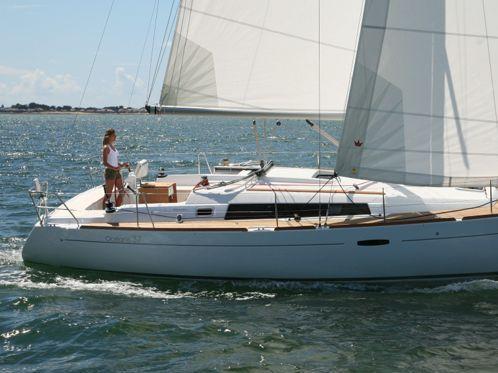 Barca a vela Beneteau Oceanis 37 (2011)