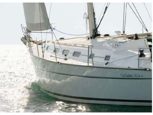 Sailboat Beneteau Cyclades 43.4 (2006)