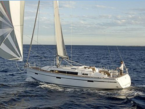Sailboat Bavaria Cruiser 41 (2016)