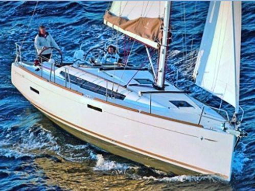Barca a vela Jeanneau Sun Odyssey 389 · 2016