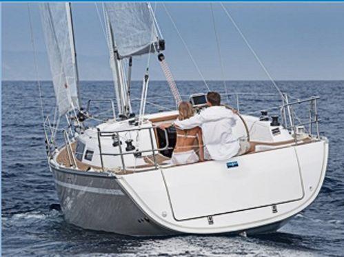 Barca a vela Bavaria Cruiser 33 · 2014