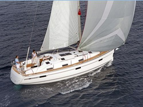 Zeilboot Bavaria Cruiser 36 · 2012