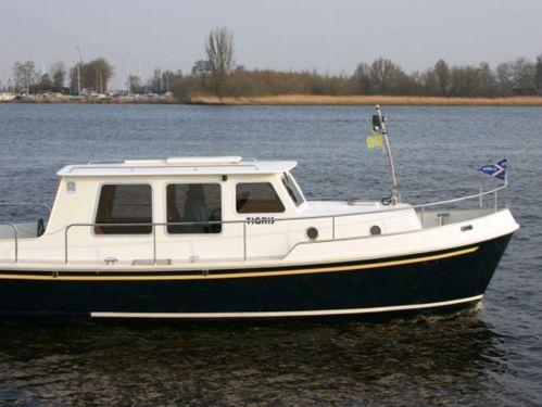 Imbarcazione a motore simmerskip 900 (2003)