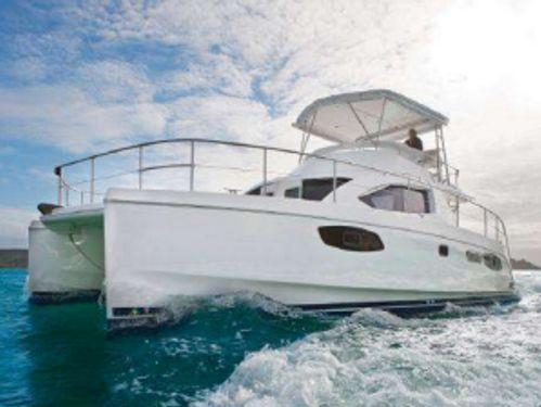 Catamarano a motore Leopard 39PC · 2013