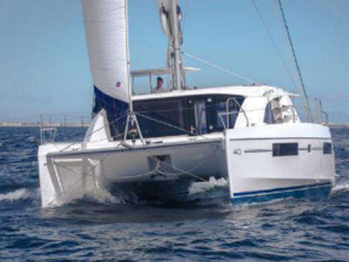 Catamarano Leopard 40 (2015)