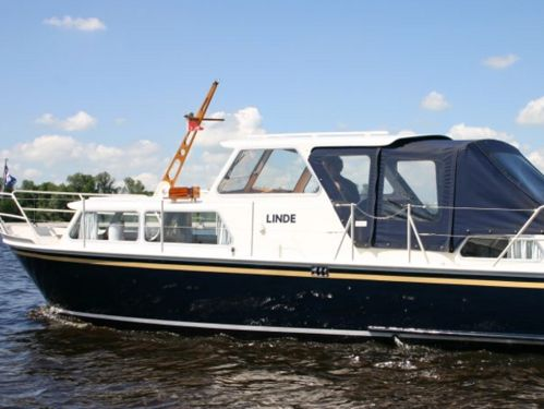 Motorboat Tjeukemeer 900 · 1976