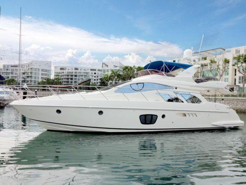 Motorboot Azimut 55 · 2007
