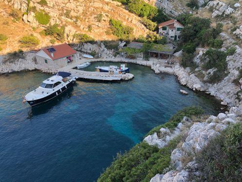 Motorboot Adriana 44 · 2018