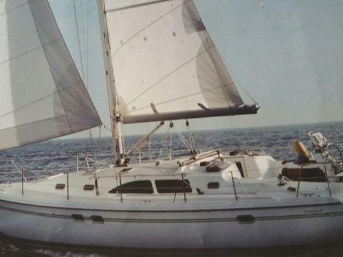 Sailboat Catalina 387 · 2008