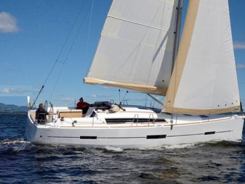 Barca a vela Dufour 390 · 2019