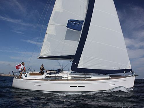 Sailboat Dufour 405 (2010)