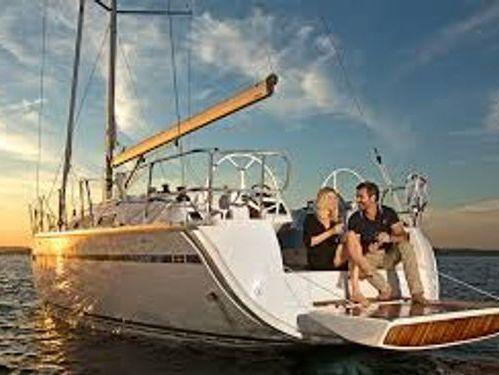 Sailboat Bavaria Cruiser 37 · 2015
