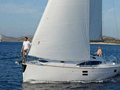 Barca a vela Elan Impression 40 · 2019