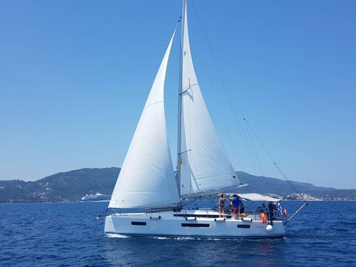 Barca a vela Beneteau Oceanis Clipper 393 · 2005