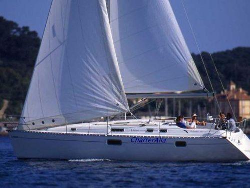 Sailboat Beneteau Oceanis 351 · 2008