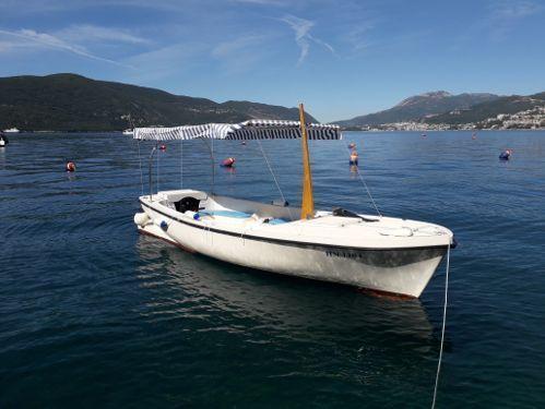 Motorboat Custom Built · 2018
