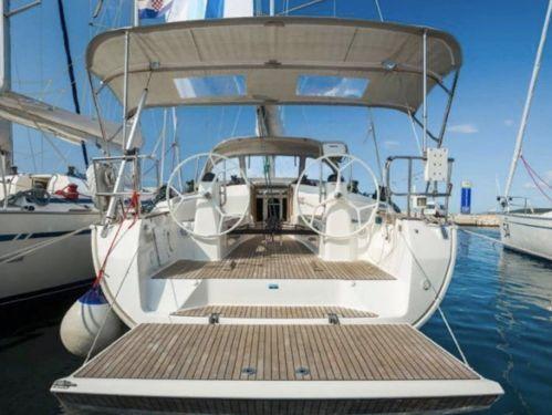 Sailboat Bavaria Cruiser 40 S · 2013