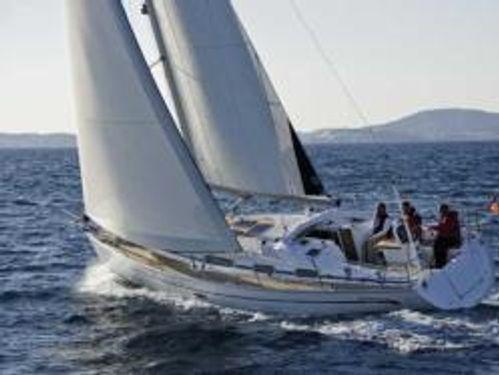 Sailboat Bavaria Cruiser 37 · 2008