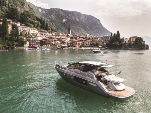 Motorboot Cranchi M44 HT · 2019