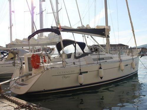 Sailboat Beneteau Oceanis Clipper 343 · 2006