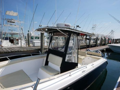 Speedboat Century Boats 2600 Center Console · 2006