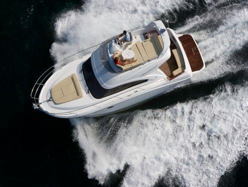 Imbarcazione a motore Beneteau Antares 36 · 2019
