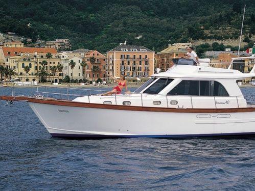 Imbarcazione a motore Sciallino 40 · 2004