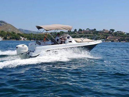 Speedboot Cap Ferret 672 · 2014