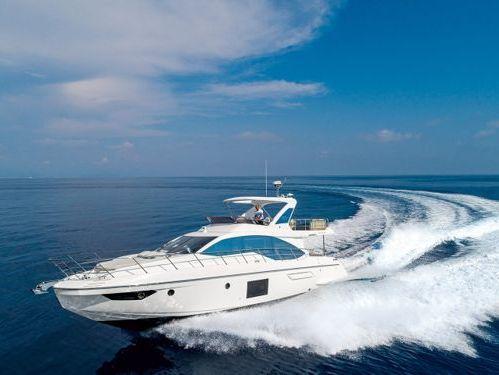Motorboat Azimut 55 · 2010