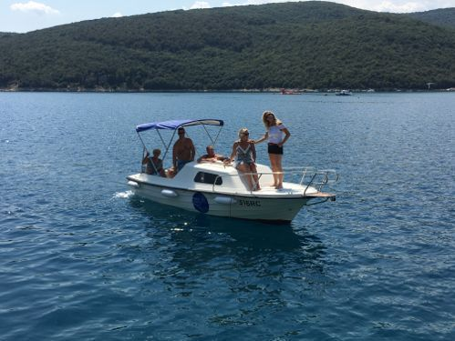 Imbarcazione a motore Dalmatinka 590 · 2018