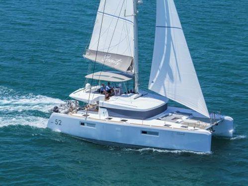 Catamarano Lagoon 52 · 2015
