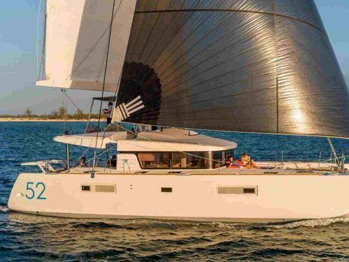 Catamaran Lagoon 52 F Luxe · 2019
